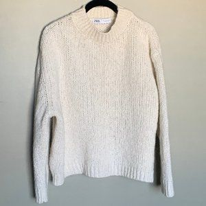 Zara cream chunky knit crew neck sweater medium